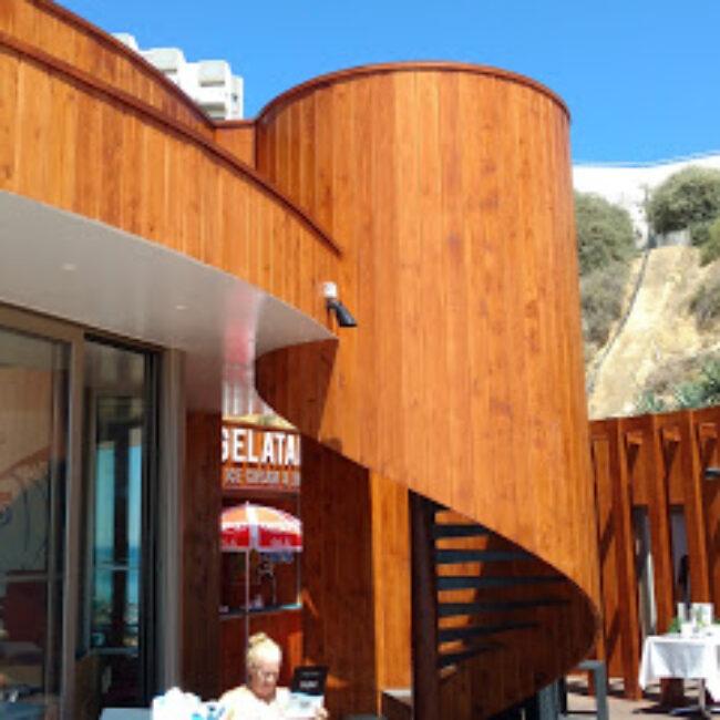 Roca Beach Bar & Restaurante
