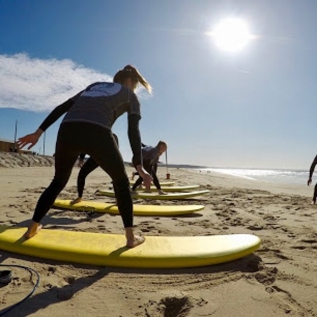 SALTY SOULS SURF SCHOOL