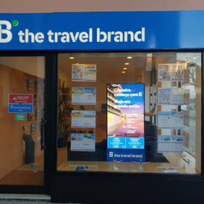 B THE TRAVEL BRAND PORTO ANTAS
