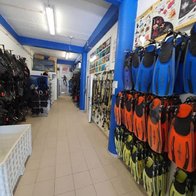 EASYDIVERS DIVE CENTER – DIVING SCHOOL
