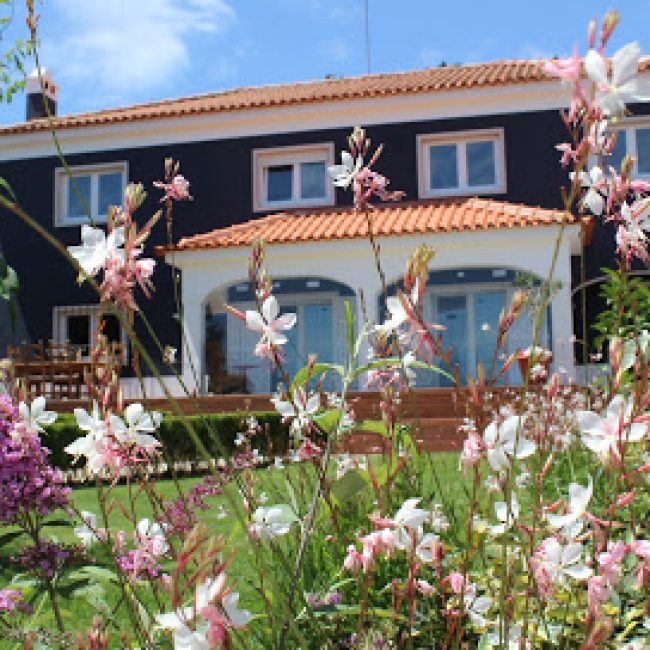 HAPPYSINTRA GUESTHOUSE