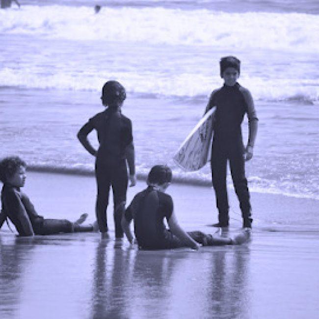 ASSOCIAÇÃO DE SURF COSTA DE CAPARICA