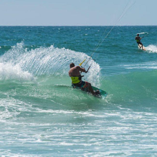 ALGARVE WATERSPORT KITE- SURF- WINDSURF SCHOOL AND CAMP