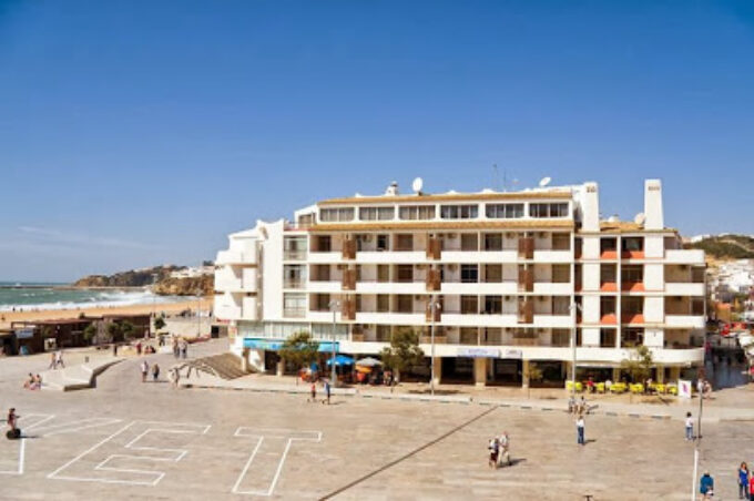 Family house Albufeira - accommodation