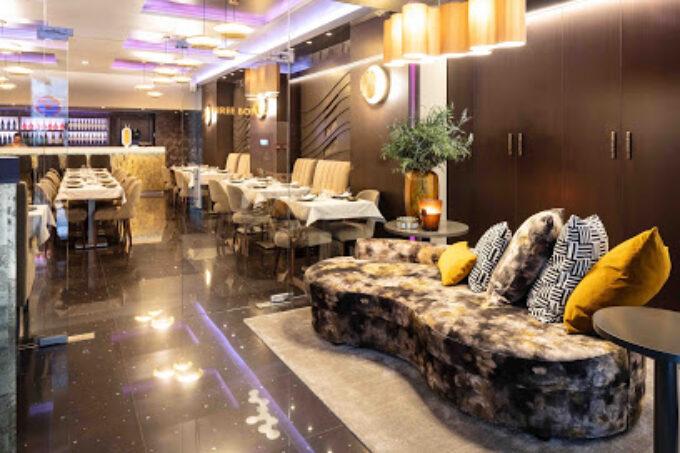 Three Bones Restaurant & Lounge