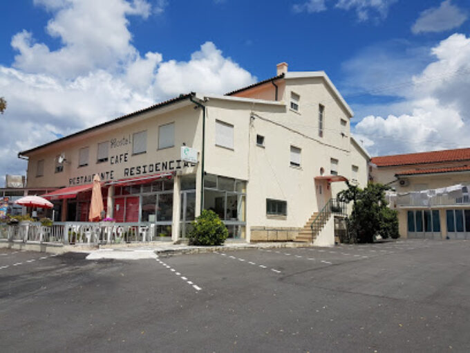 Russa Hostel Residencial A. L.